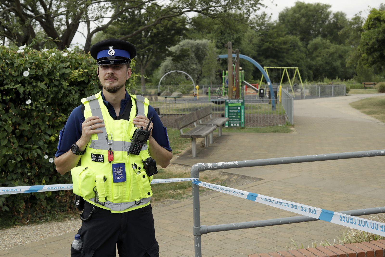 Britischer Polizist in Salisbury