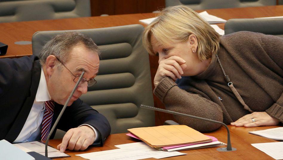 "NRW-Finanzminister Walter-Borjans, Ministerpräsidentin Kraft: ""Verjährungsfristen neu regeln"""