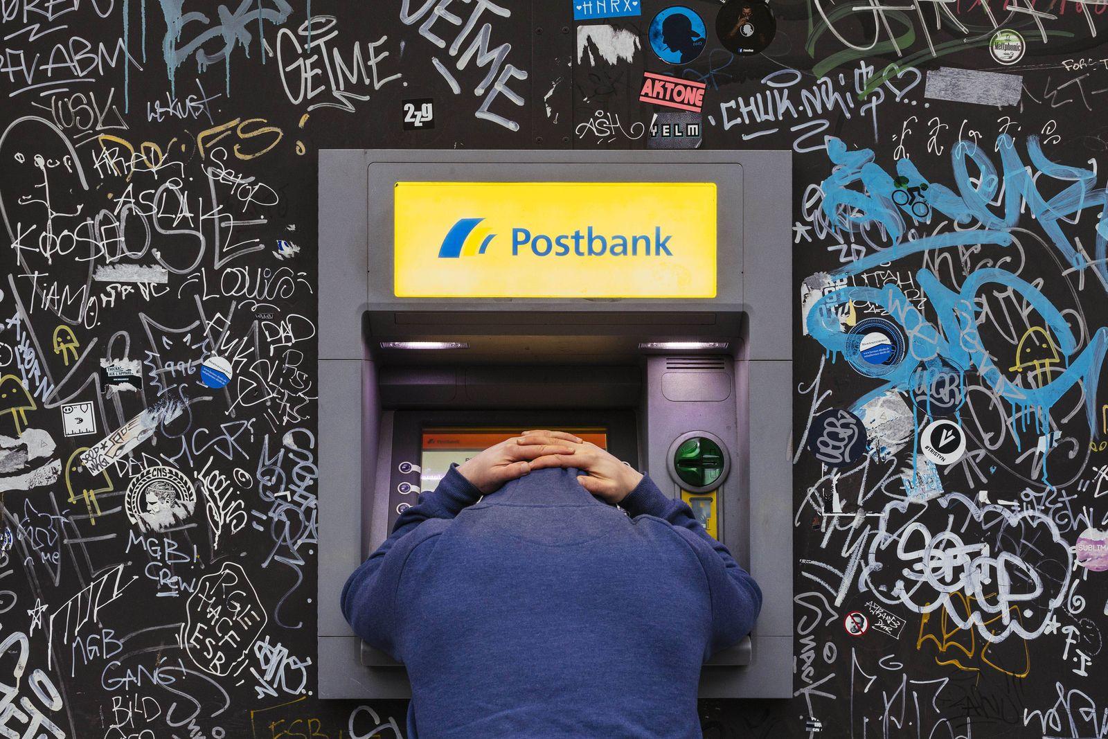 Geldautomat auf der Roonstrafle Kˆln 16 04 2016 Foto xC xHardtx xFuturexImage