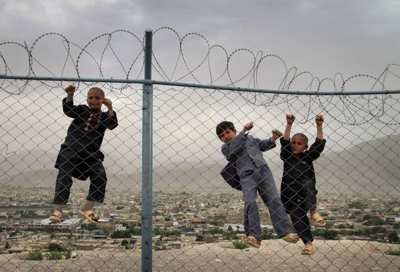 Afghanistan Kinder
