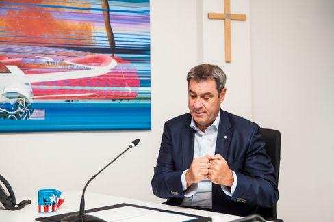 Da, wo das Kreuz ist: Söder in der Münchner CSU-Parteizentrale