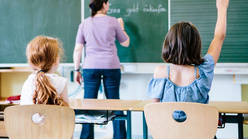 Deutschunterricht in der Schule: Viele Länder setzen früher an mit der Sprachförderung