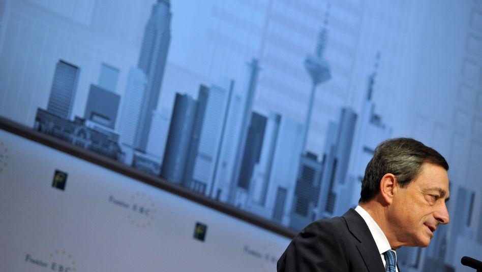 EZB-Präsident Mario Draghi: Wird von den Bemühungen um eine Krisenlösung stärker als geplant in Anspruch genommen