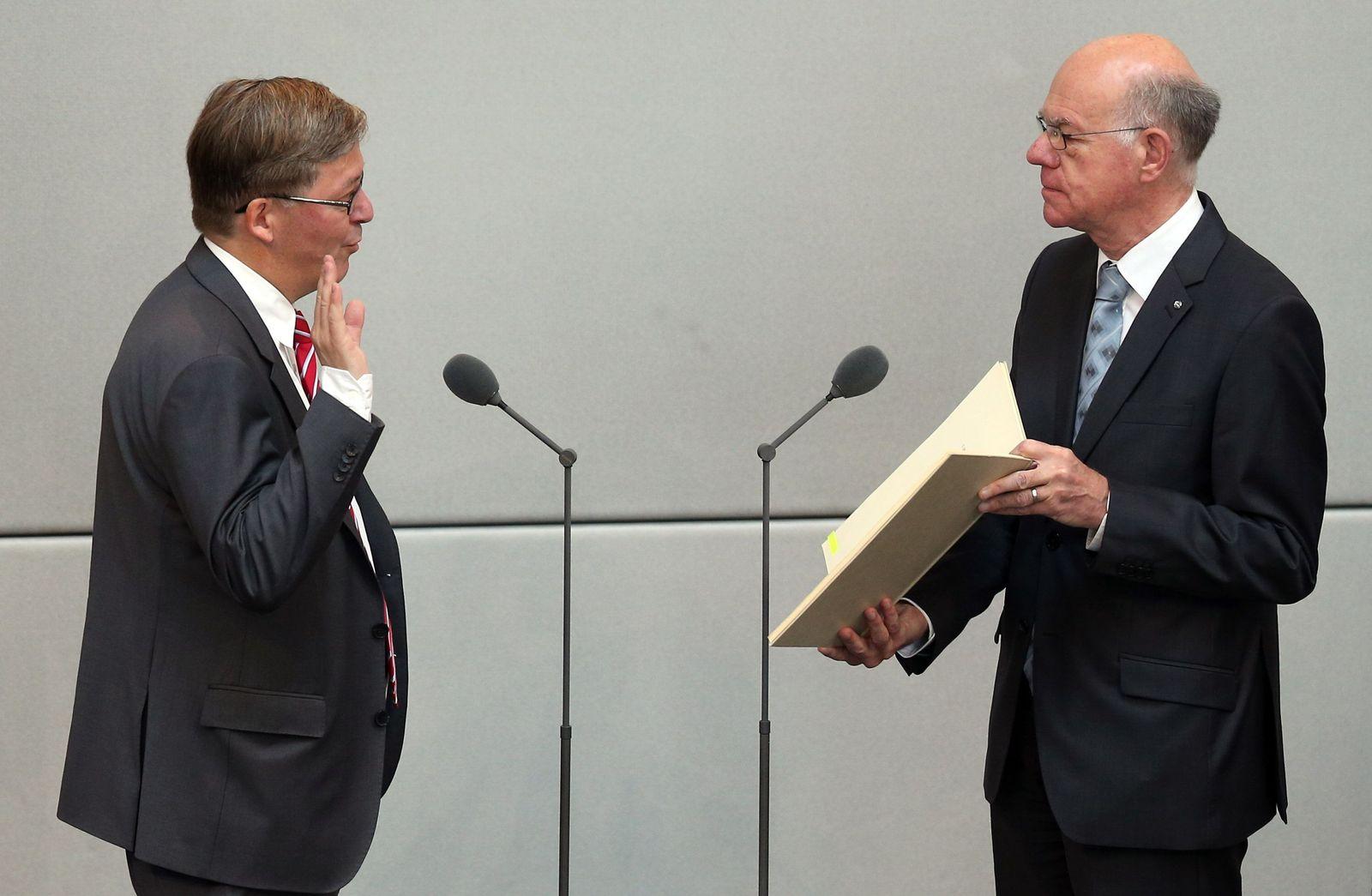 Bundestag - Vereidigung Wehrbeauftragter