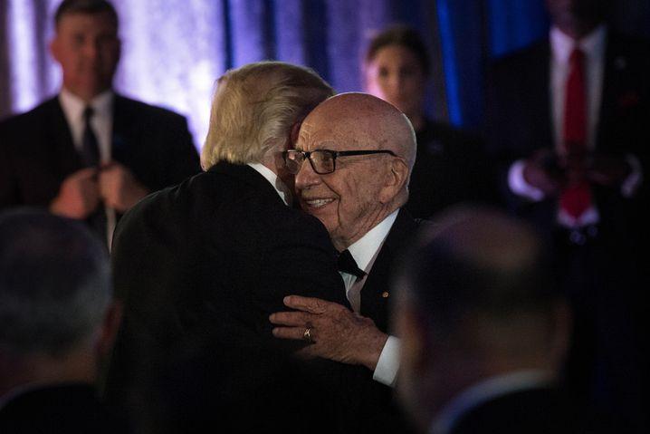 Trump (l.) und Murdoch im Mai 2017 in New York