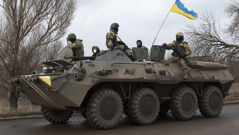 Ukrainische Soldaten in der Ostukraine: Unterstützung aus Übersee?