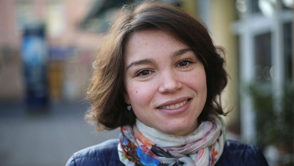 Schanna Nemzowa: Flucht von Moskau nach Bonn