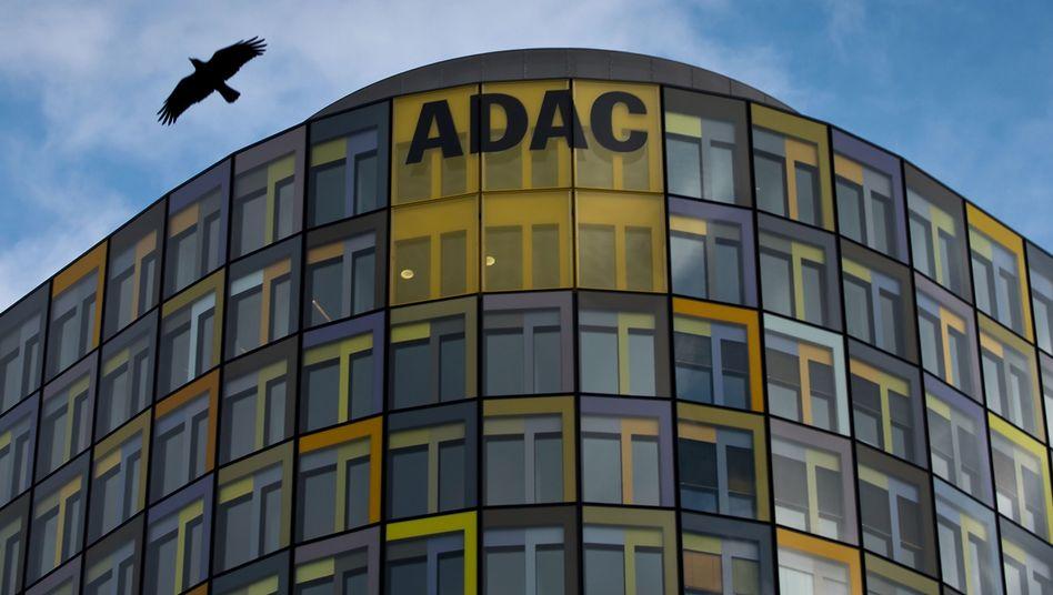 ADAC-Zentrale: Neustart mit Prominenz
