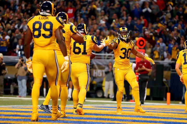 Gurley wird von seinen Teamkollegen bei den Rams gefeiert. Diese Zeiten sind vorbei