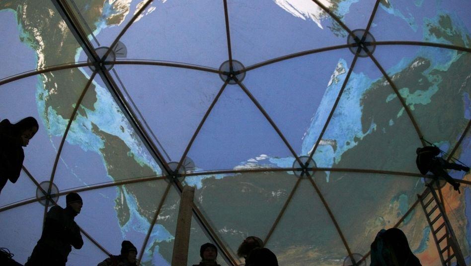 Globus-Modell: Welche Rolle sollen Wissenschaftler künftig spielen?