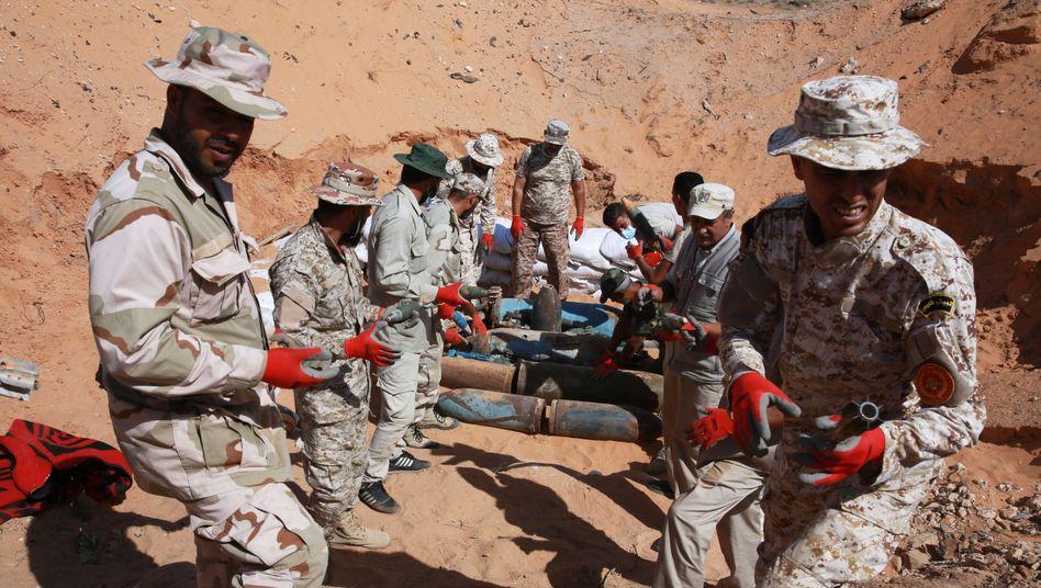 Soldaten der Regierung von Sarraj (Archivaufnahme)