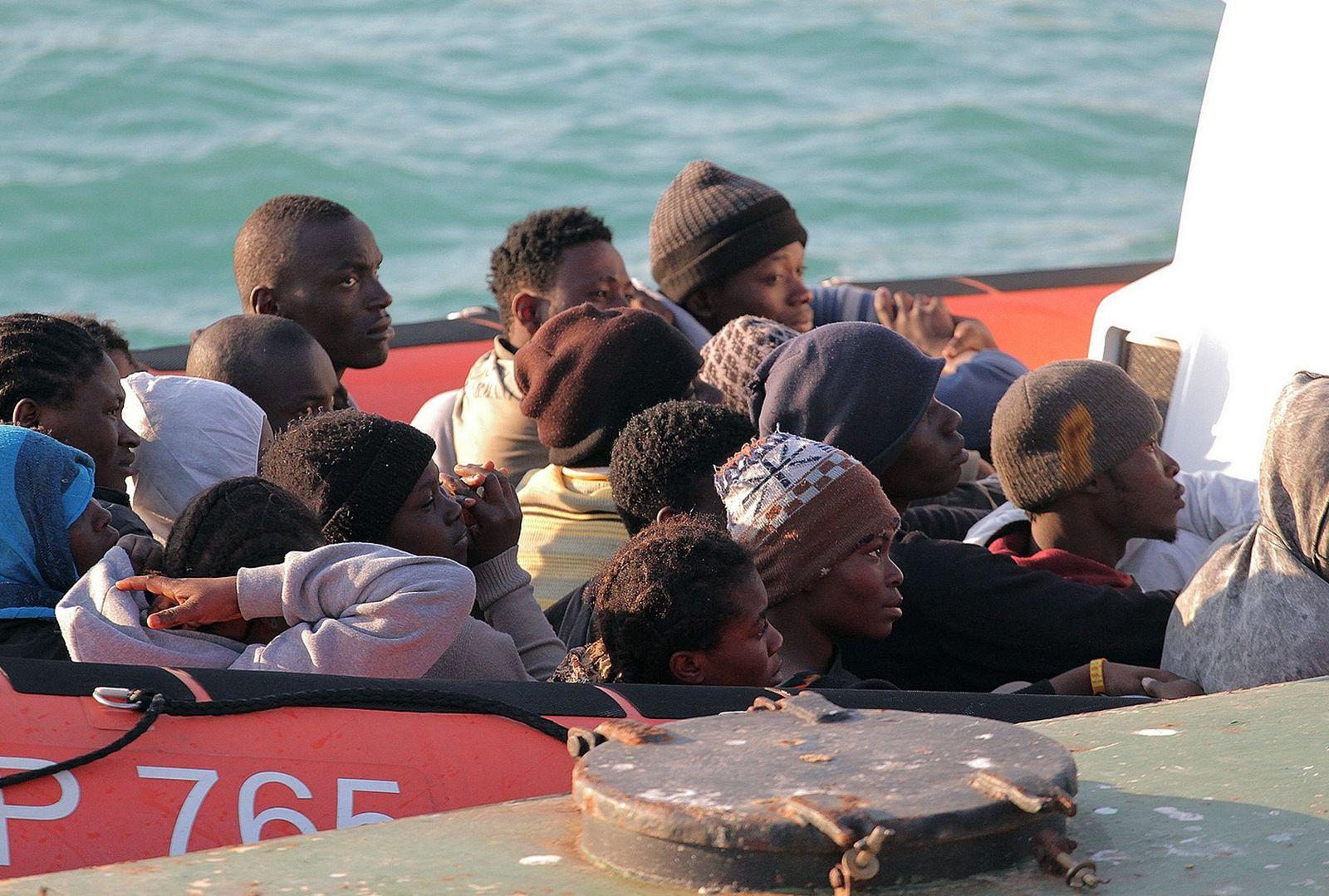 Flüchtlinge vor liberischer Küste gesunken,