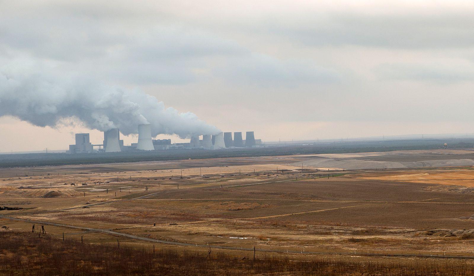Umweltschutzaktivisten protestieren gegen die Klimapolitik