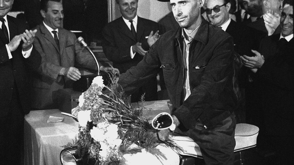 "Armando Rodrigues de Sa 1964: Einmillionster ""Gastarbeiter"""