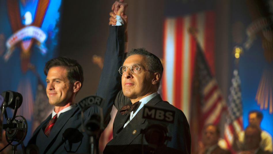 """Vom Flugpionier zum faschistischen US-Präsidenten: Charles Lindbergh in der HBO-Serie """"The Plot Against America"""""""