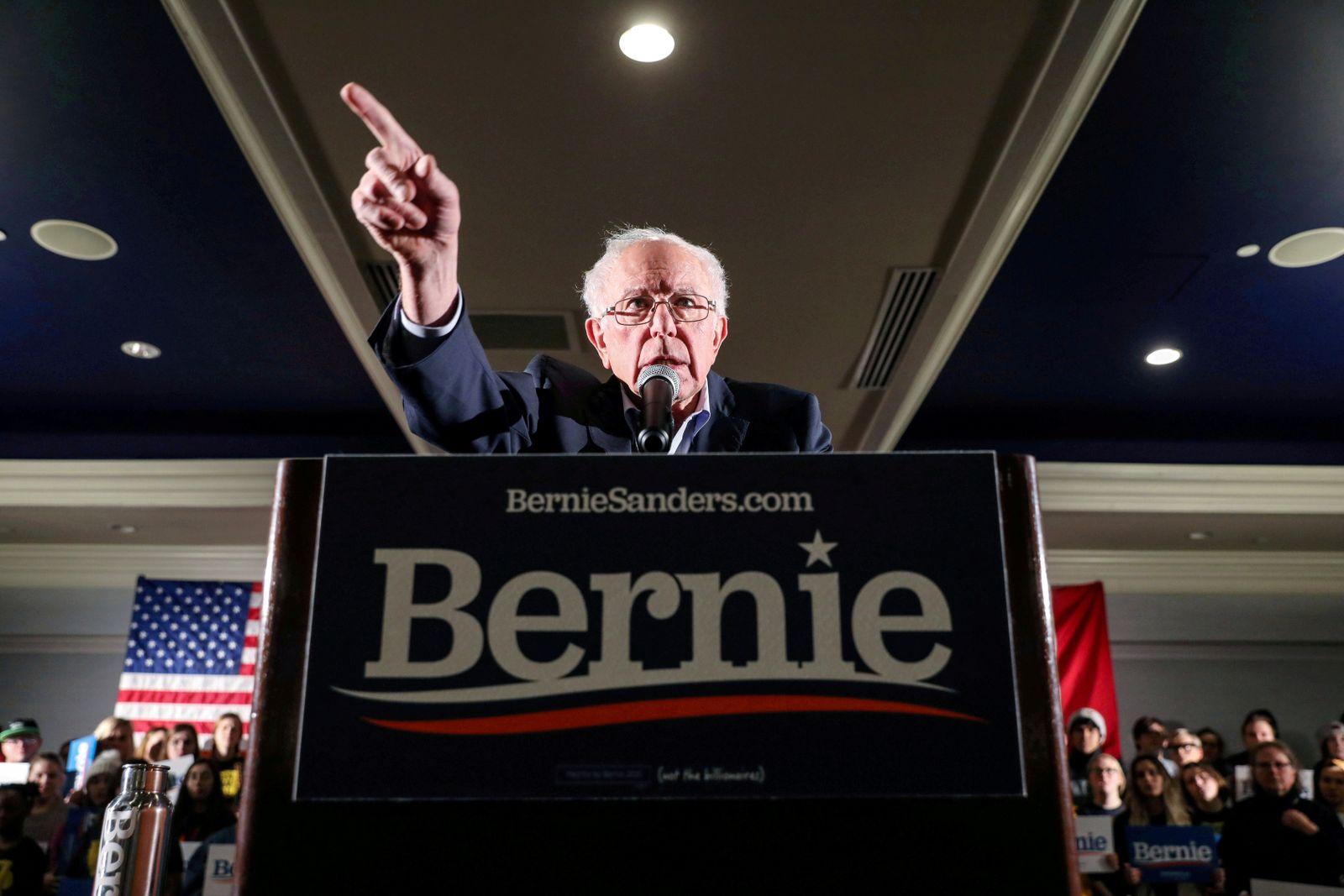 FILE PHOTO: Democratic U.S. presidential candidate Senator Bernie Sanders hosts a climate rally in Iowa City