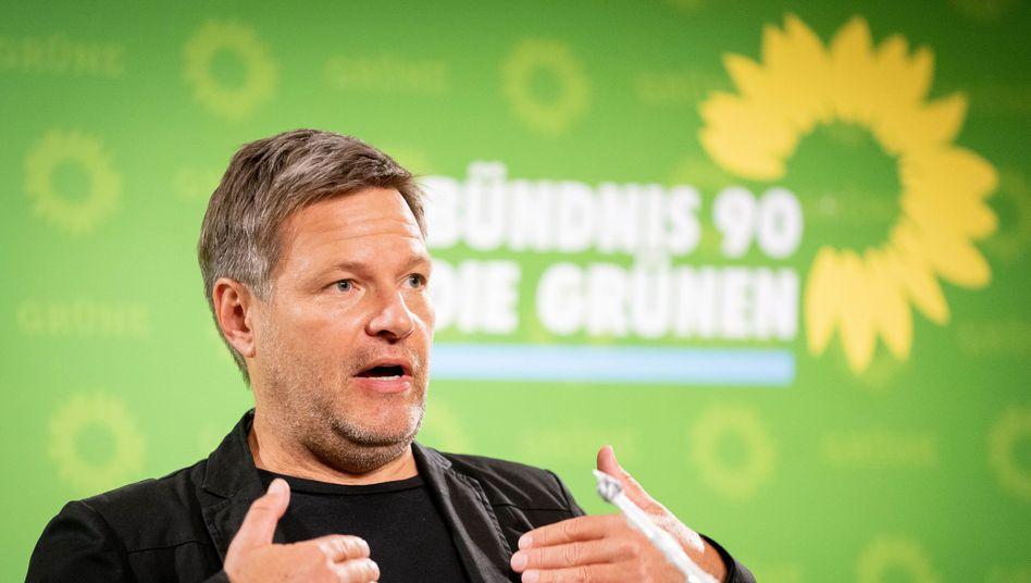 Robert Habeck: Kritik an Bundesregierung und Ministerpräsidenten