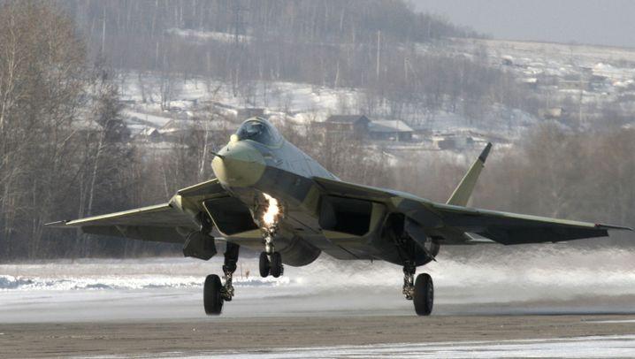 Russischer Stealth-Jet: Jungfernflug der T-50