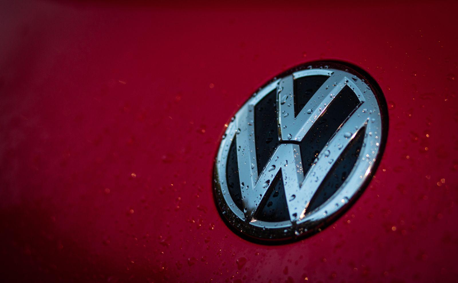 Volkswagen Emblem Logo
