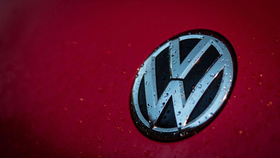 Volkswagen-Logo: Mit einem neuen Posten Reue bekunden