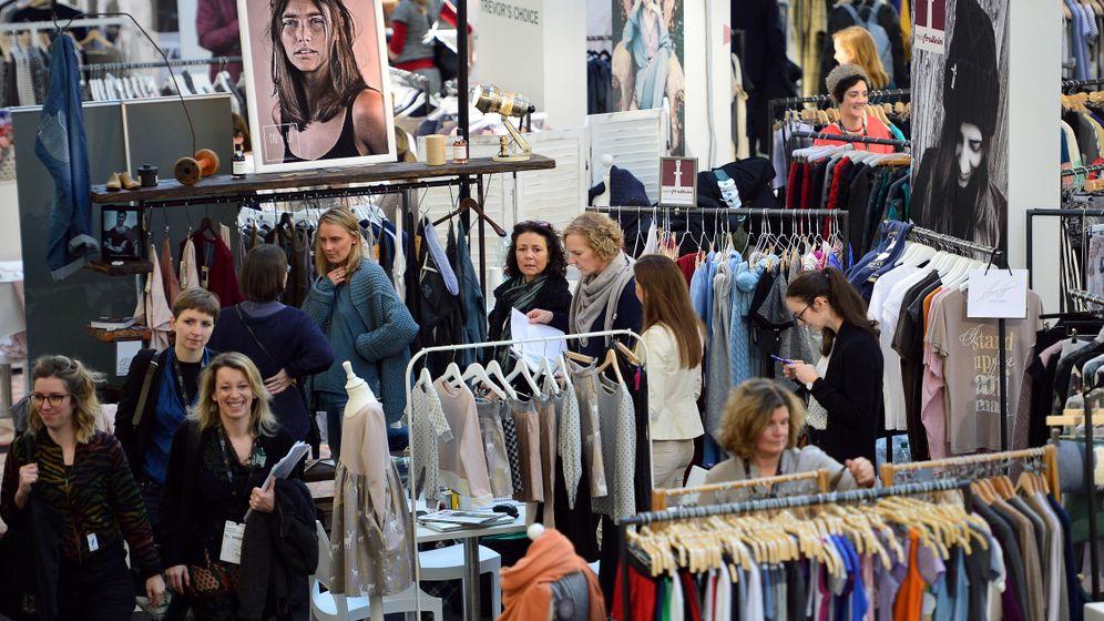 """""""Ethical Fashion Show"""": Jumpsuits aus PET-Flaschen"""