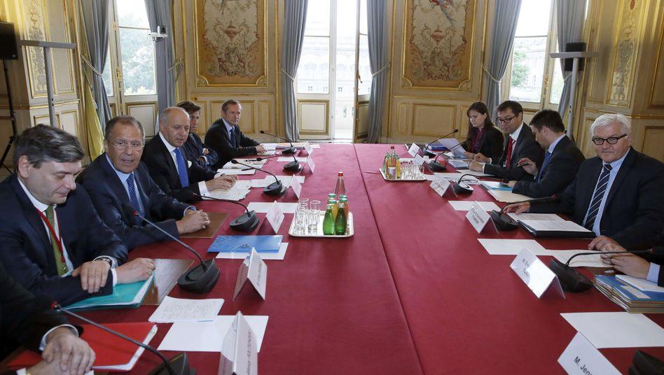 Treffen der Außenminister in Paris: Politik der kleinen Schritte