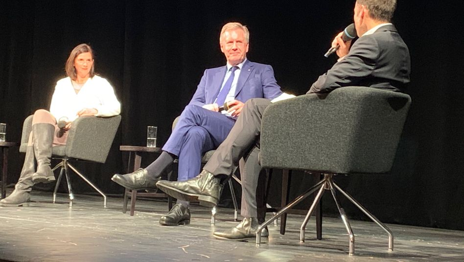 Katrin Göring-Eckardt und Christian Wulff im Gespräch mit Marc Hujer