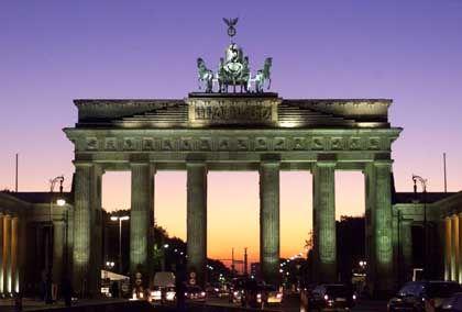 Brandenburger Tor: Weiterhin außerhalb der Bannmeile