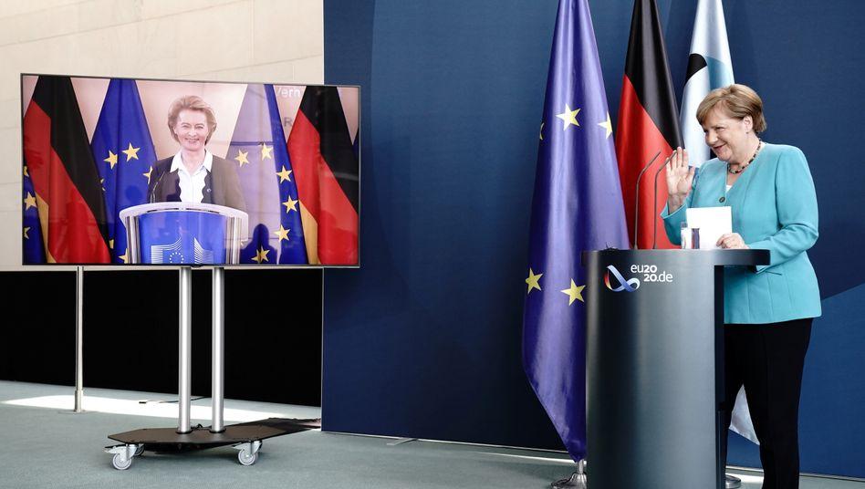 Kommissionspräsidentin von der Leyen, Kanzlerin Merkel
