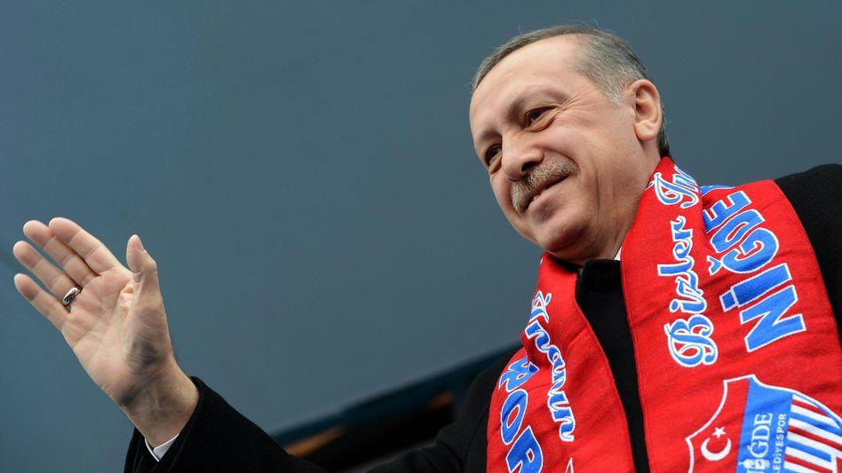 """Wahlkämpfer Erdogan: """"Die Sache ist wichtig!"""""""