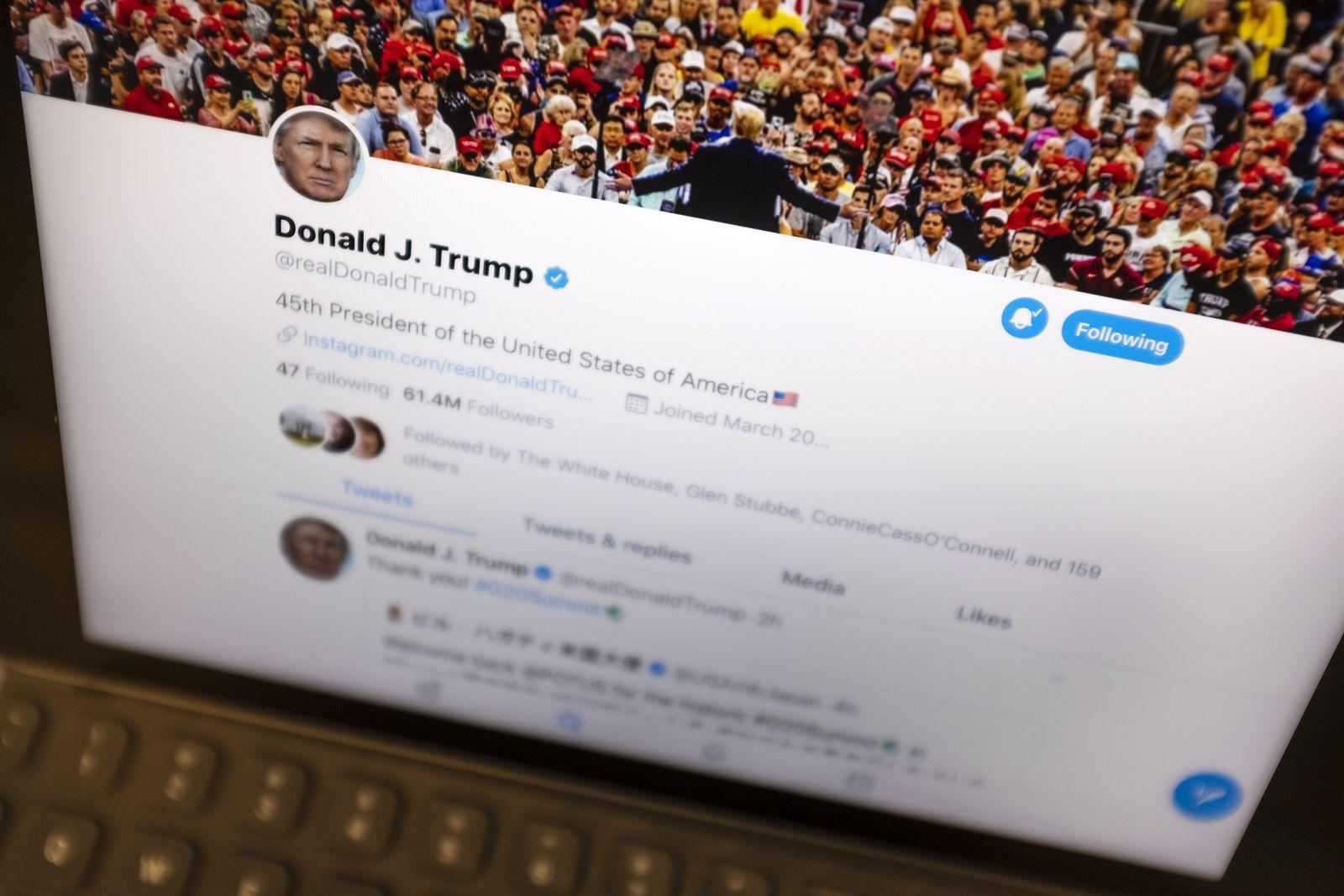 Trump/ Twitter