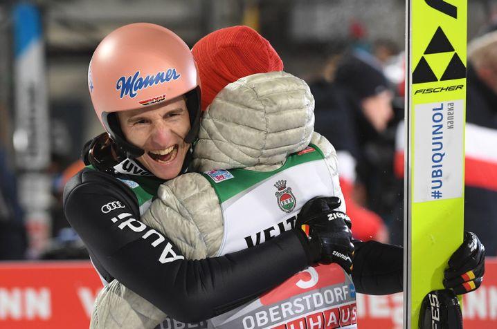 Karl Geiger freute sich über seinen zweiten Platz