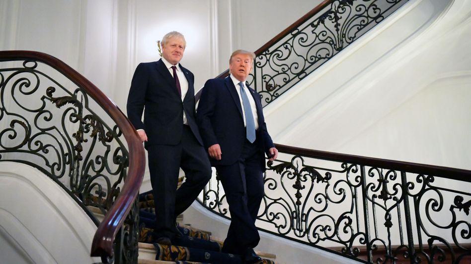 US-Präsident Donald Trump mit dem britischen Premierminister Boris Johnson in Biarritz