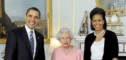 Ehepaar Obama, Queen Elizabeth II.: Treffen im Buckingham Palast