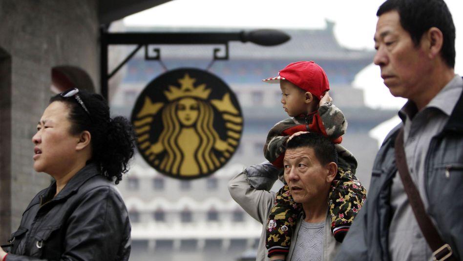 Starbucks-Filiale in Peking: Behörden weiteten Untersuchungen aus