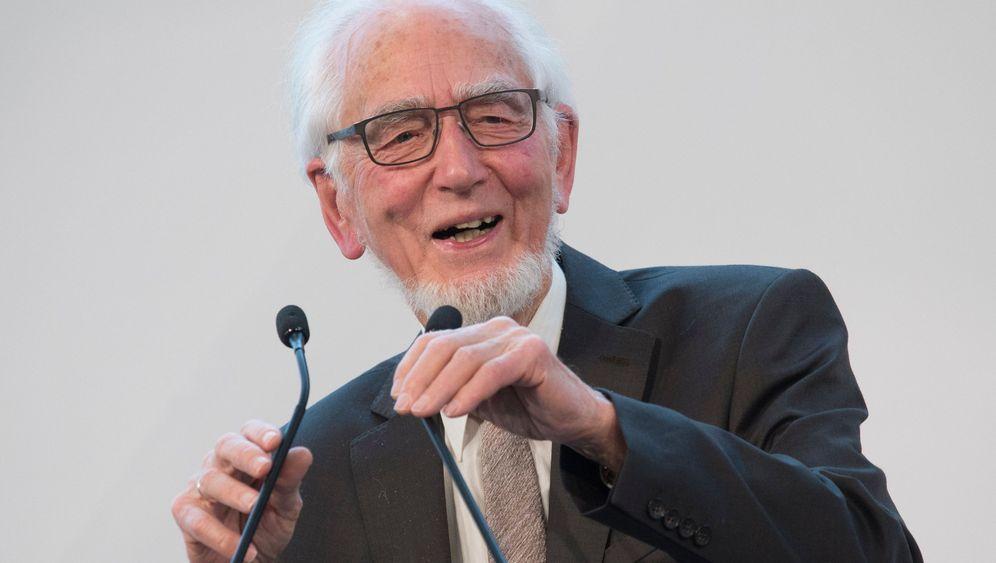 Erhard Eppler: Vom Kanzlerkritiker zur Integrationsfigur
