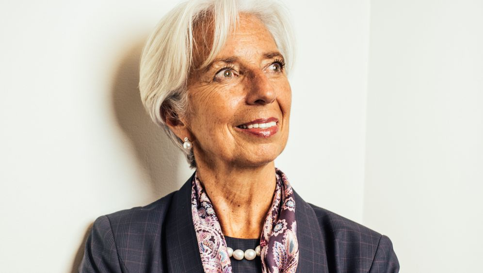 Photo Gallery: Lagarde Takes Over at the ECB