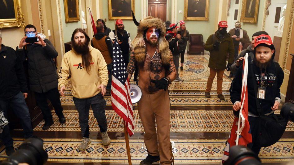 Anhänger von Donald Trump in den Räumen des US-Kapitols (am 6. Januar)
