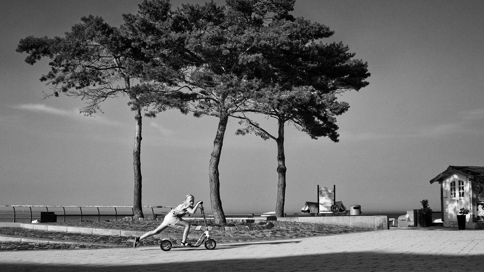 Strandpromenade in Niendorf, Lübecker Bucht: Auf der Suche nach dem Skurrilen