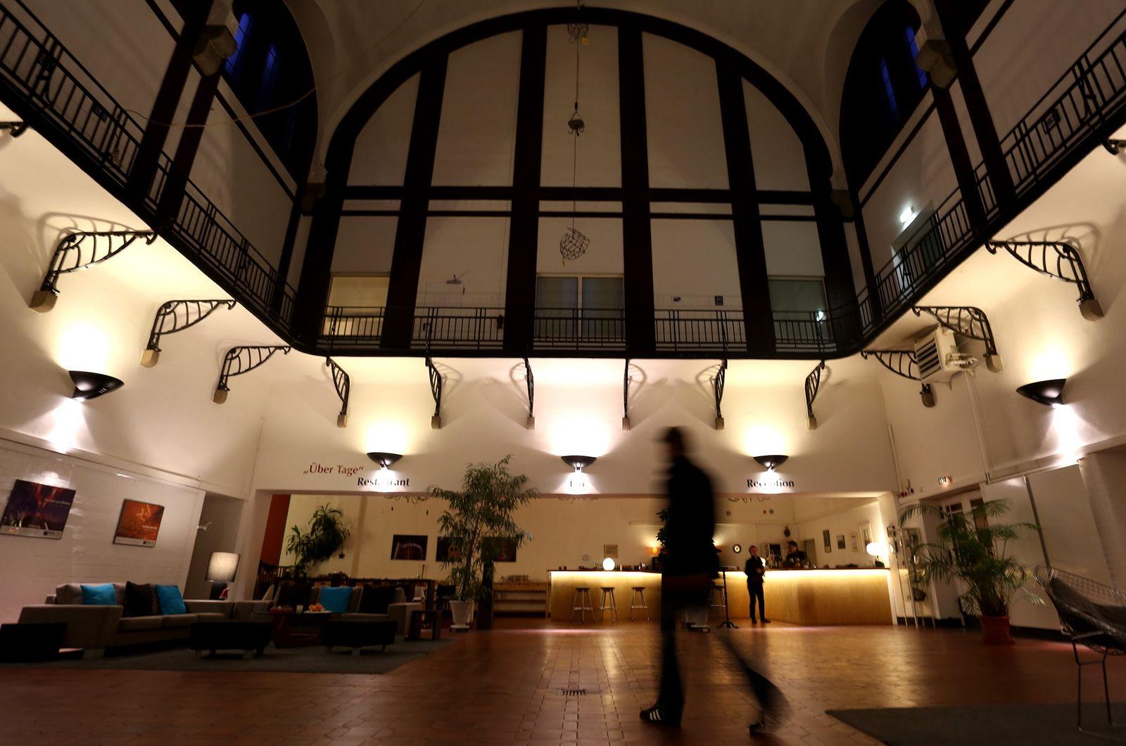 EINMALIGE VERWENDUNG Hotel Ruhrgebiet / Alte Lohnhalle