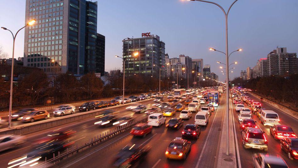 """Verkehr in Peking (Archivbild): """"Effizienzsteigerungen werden schwieriger"""""""
