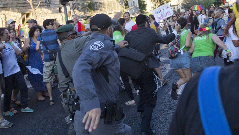 Jerusalem: Mann sticht sechs Menschen bei Schwulenparade nieder