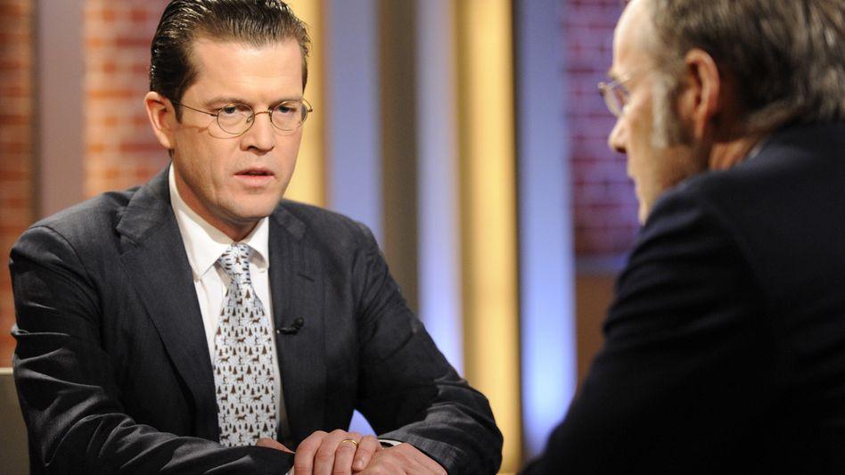 """Guttenberg bei """"Beckmann"""": Schluss mit der """"Schüchternheit"""" beim Waffeneinsatz"""