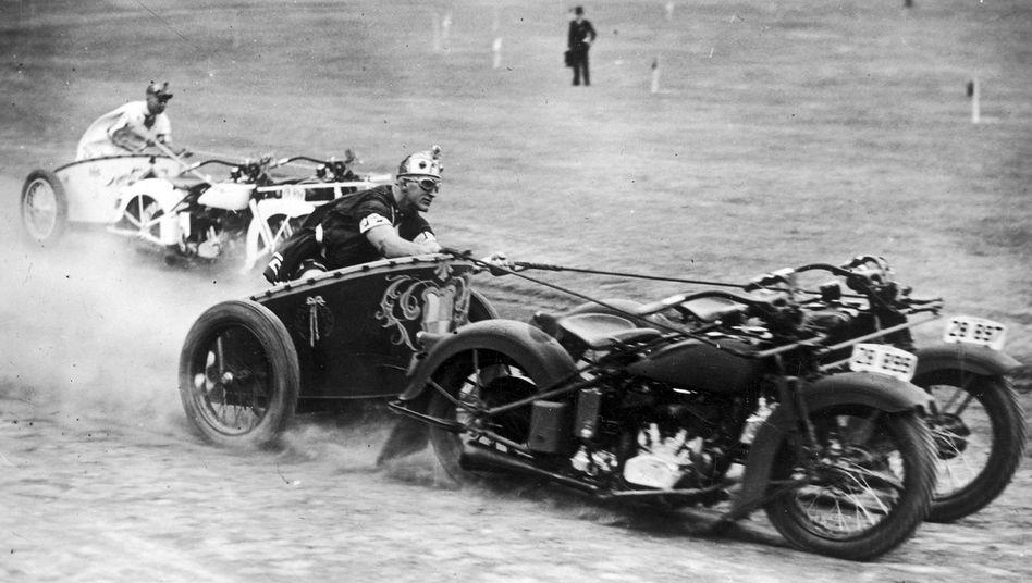 """1936 in Sydney: Rennen der """"römischen"""" Streitwagen"""