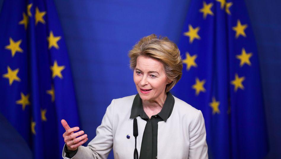 Kommissionspräsidentin Ursula von der Leyen will die EU gesetzlich zu Null-Emissionen verpflichten