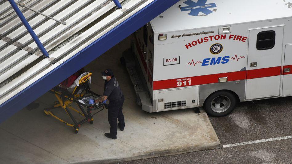 Houston bekommt die zweite Welle der Corona-Pandemie zu spüren, 97 Prozent der Intensivbetten seien ausgelastet