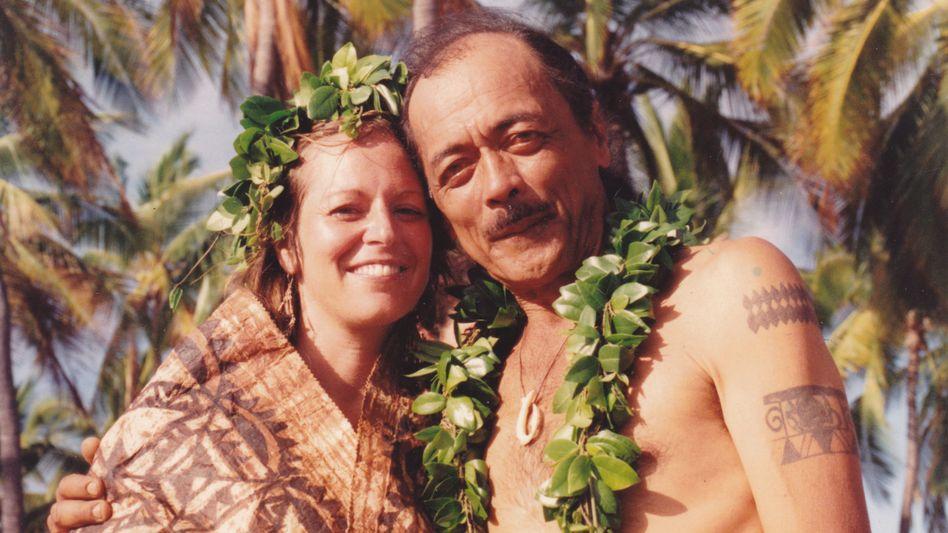 Keihanaikukauakahihuliheekahaunaele mit Ehemann: Nur komplett eine Bedeutung