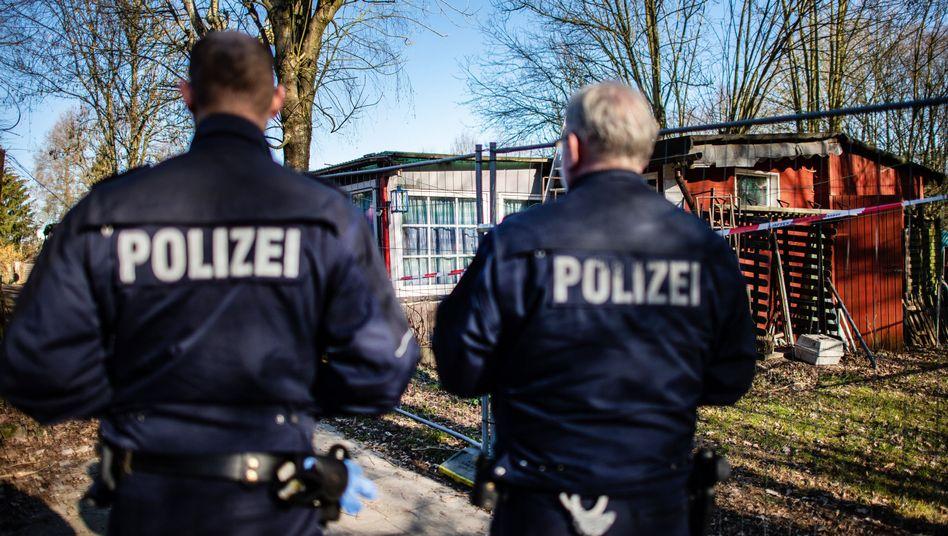 Tatort des Missbrauchsfalls: Ermittler auf dem Campingplatz Eichwald in Lügde
