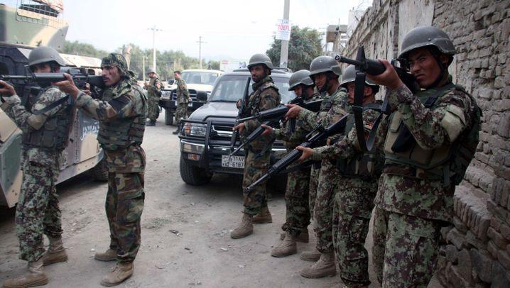 Gewalt in Kabul: Attacke aufs Regierungsviertel