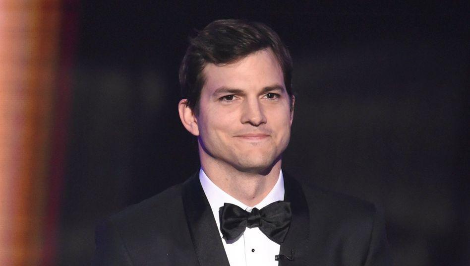 """Ashton Kutcher (Archivbild): """"Bitte schicken Sie mir eine Direktnachricht"""""""